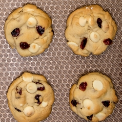 Picture of Cranberry White Chocolate Chunk Cookie